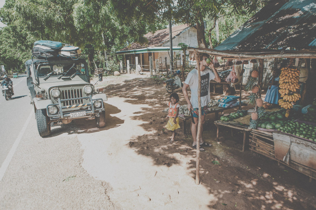 Sri-Lanka-Yala-National-Park-Elephant-Wildlife-Safari-Jeep-Roadtrip-IMG_6291